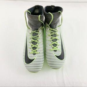 Nike Mercurial Soccer Shoe Youth Size 4